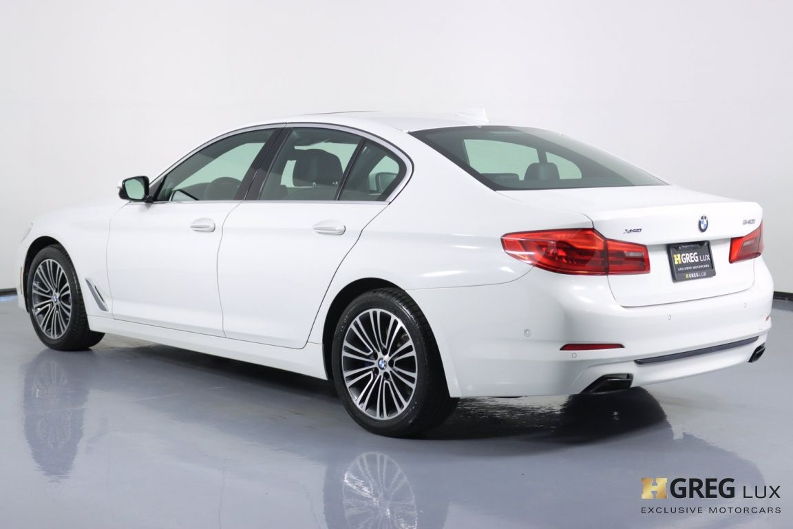 2018 BMW 5 Series 540i xDrive #21