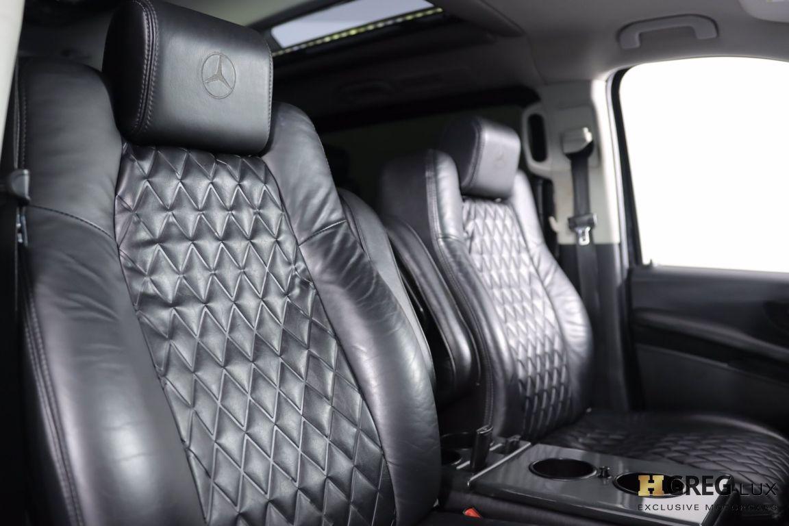 2016 Mercedes Benz Metris Passenger Van Passenger #32