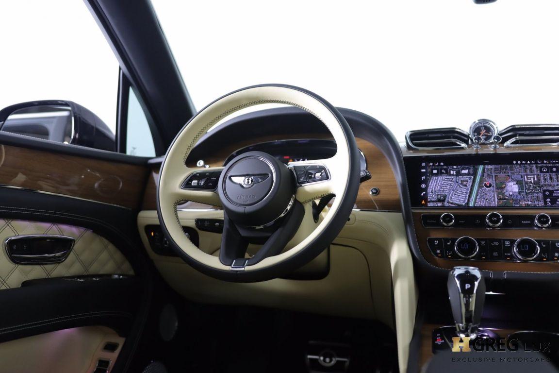 2021 Bentley Bentayga V8 #46