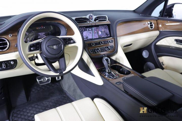 2021 Bentley Bentayga V8 #1