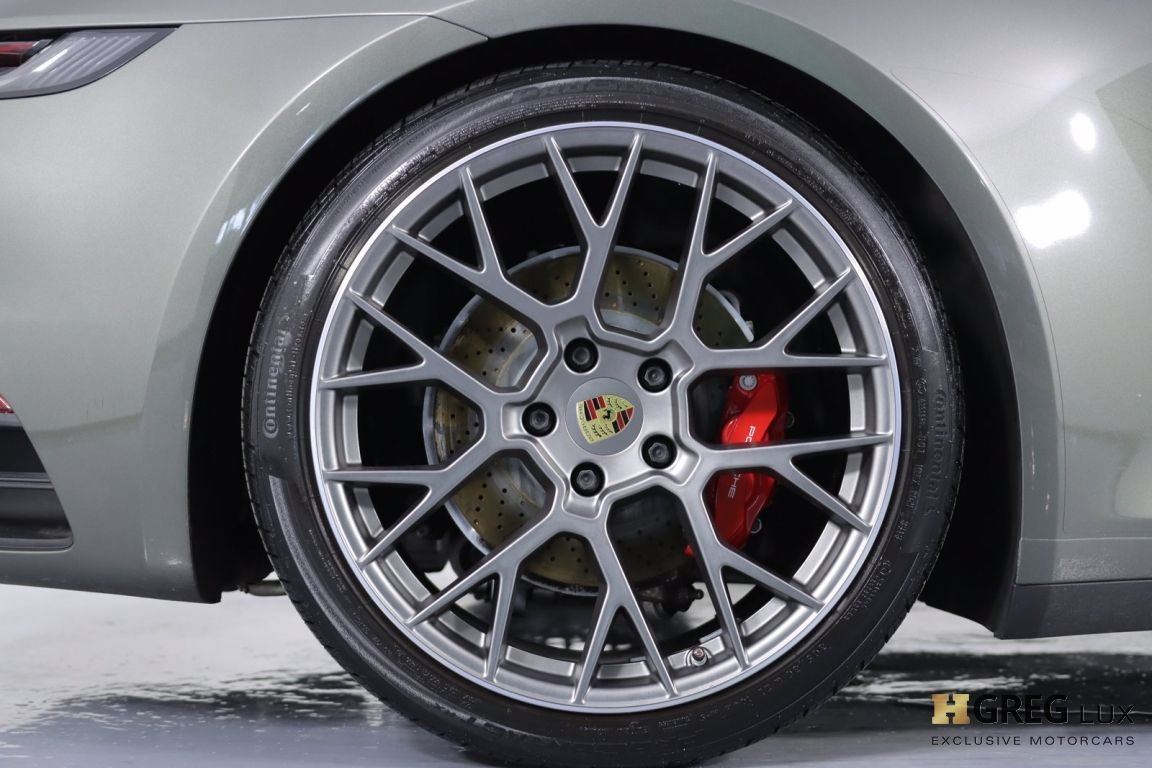 2020 Porsche 911 Carrera 4S #15