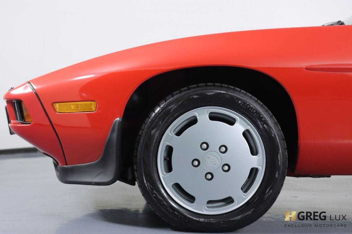1986 Porsche 928  #21