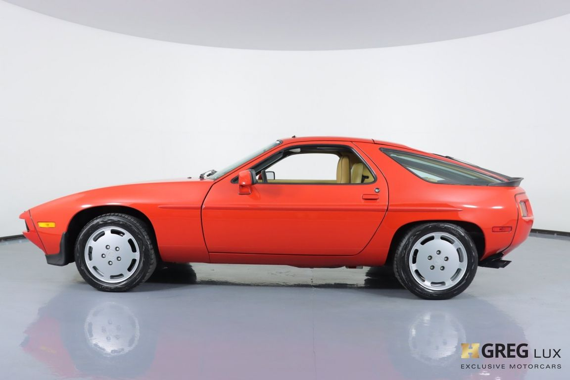 1986 Porsche 928  #20