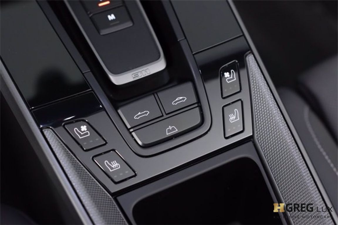 2020 Porsche 911 Carrera 4S #51