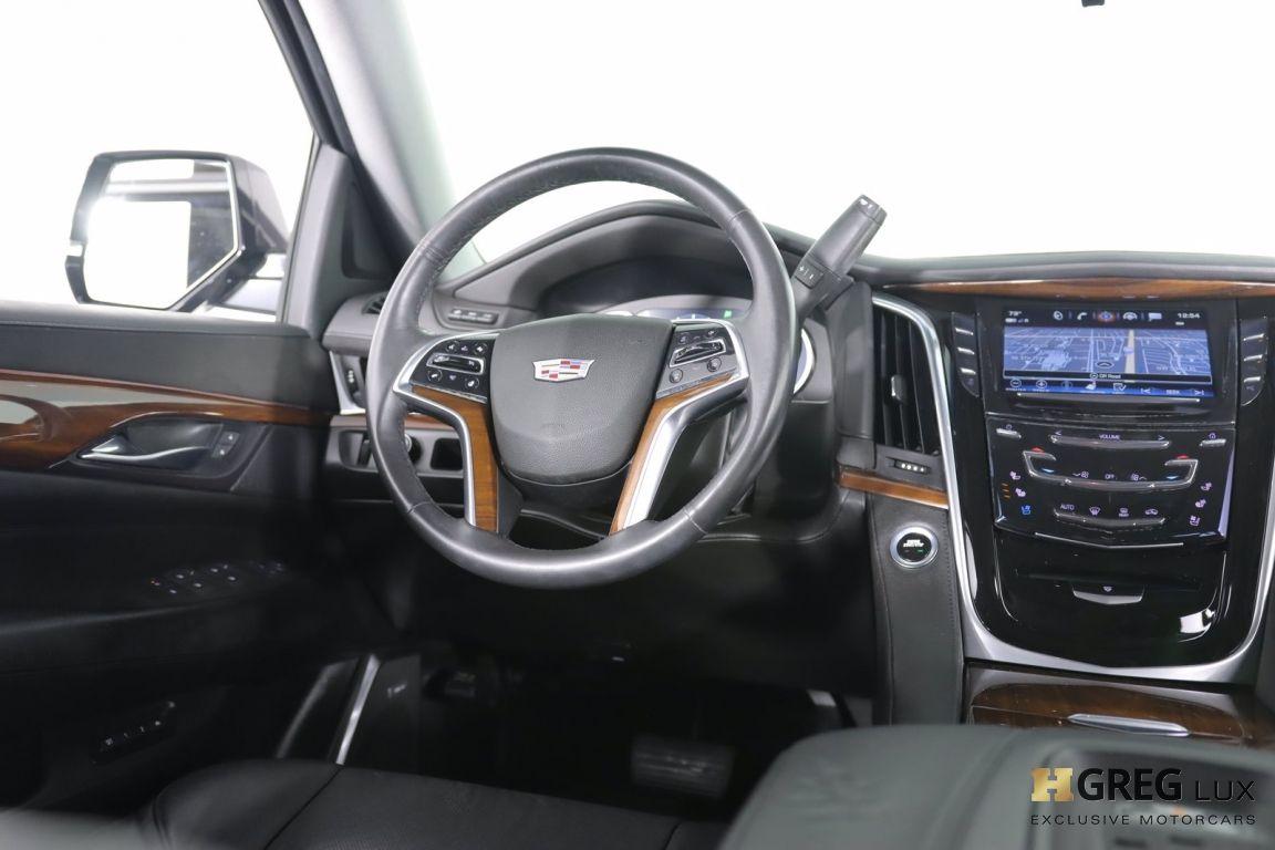 2017 Cadillac Escalade Luxury #45