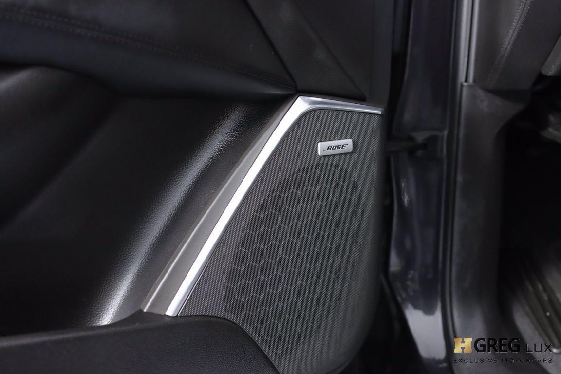 2017 Cadillac Escalade Luxury #38
