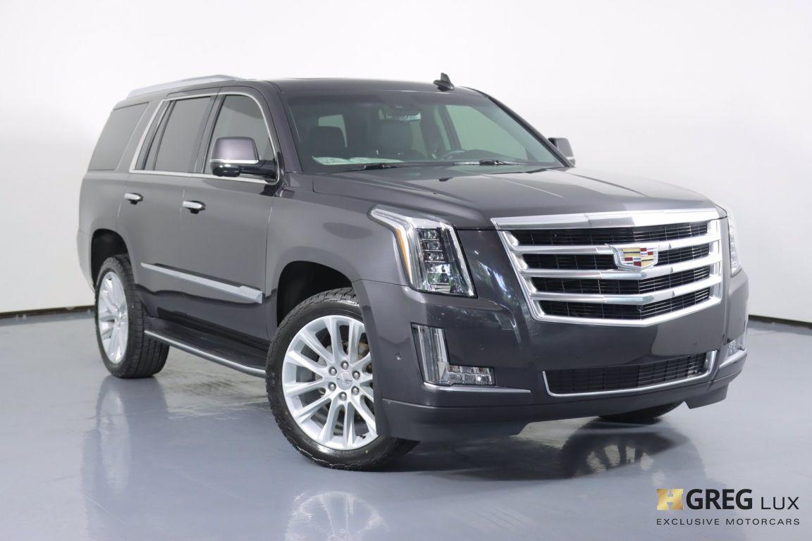 2017 Cadillac Escalade Luxury #0
