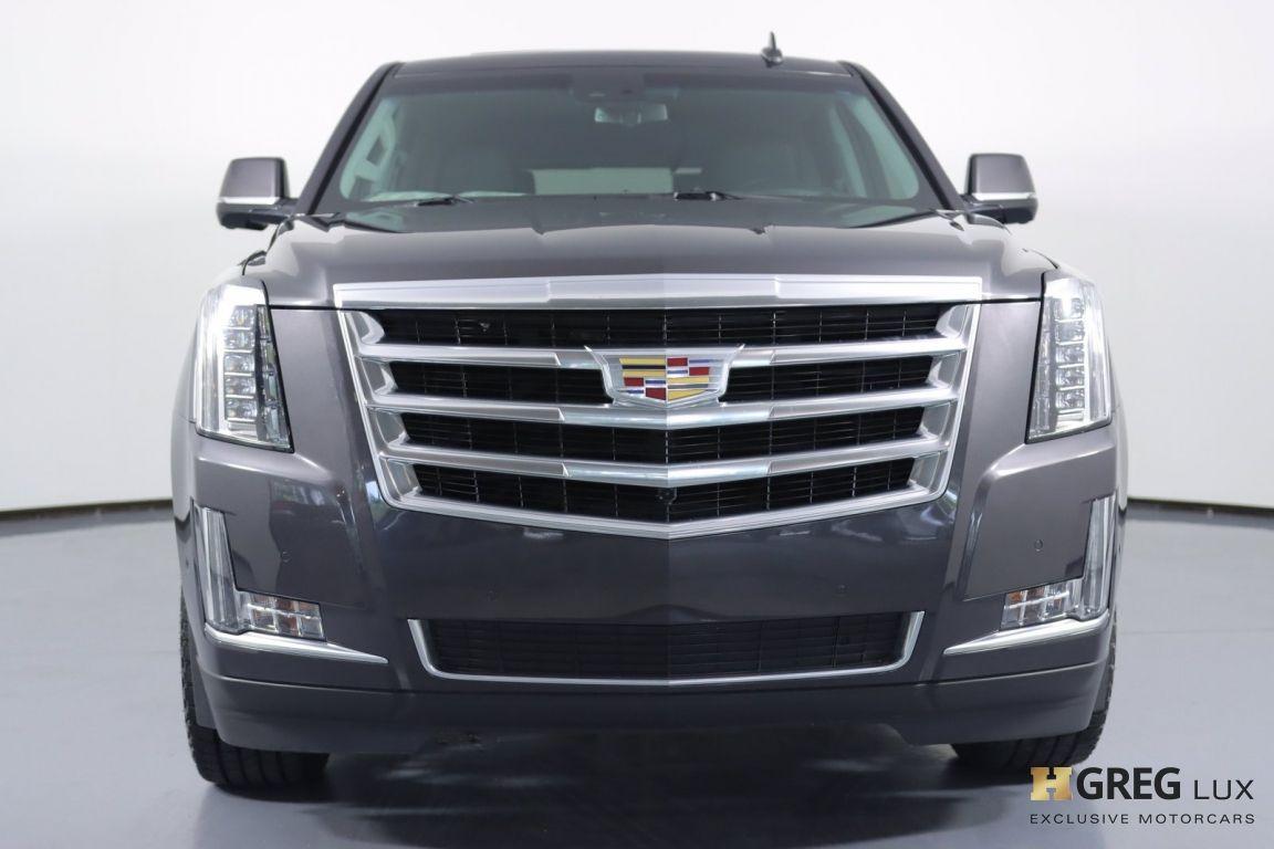 2017 Cadillac Escalade Luxury #3