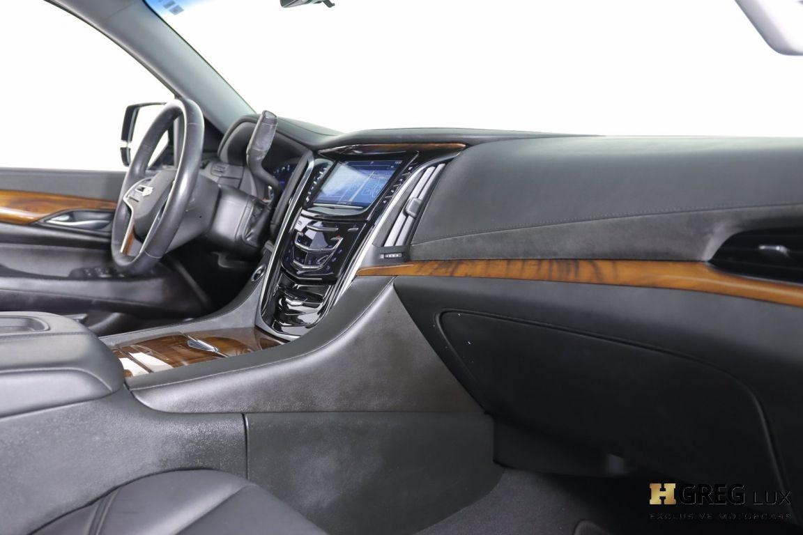 2017 Cadillac Escalade Luxury #27