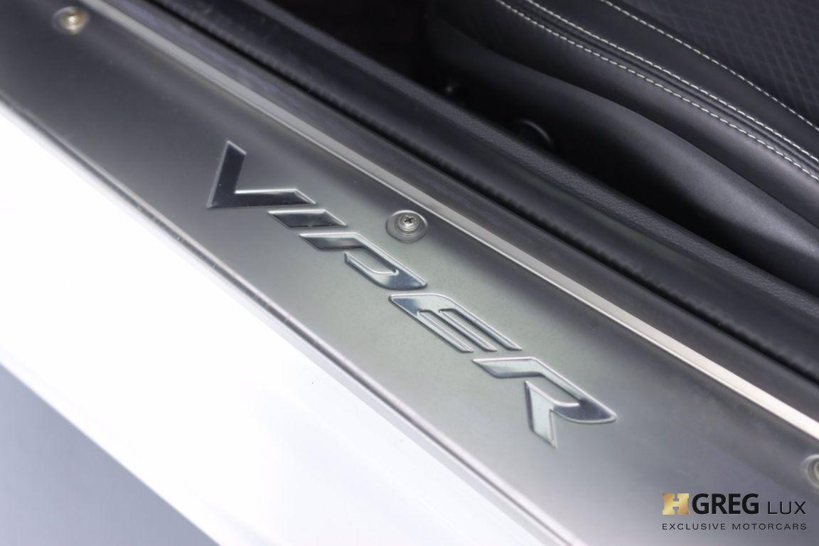 2013 Dodge SRT Viper GTS #33