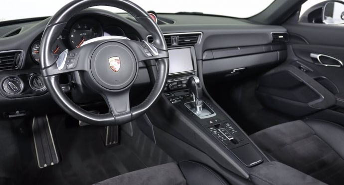 2016 Porsche 911 Carrera GTS #1