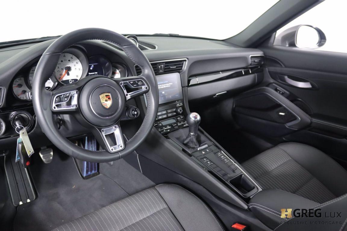 2019 Porsche 911 Carrera T #1