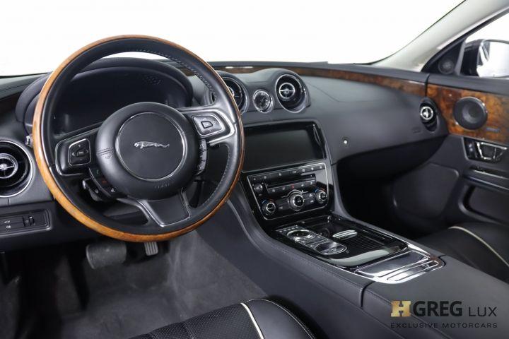 2018 Jaguar XJ XJ R-Sport #1
