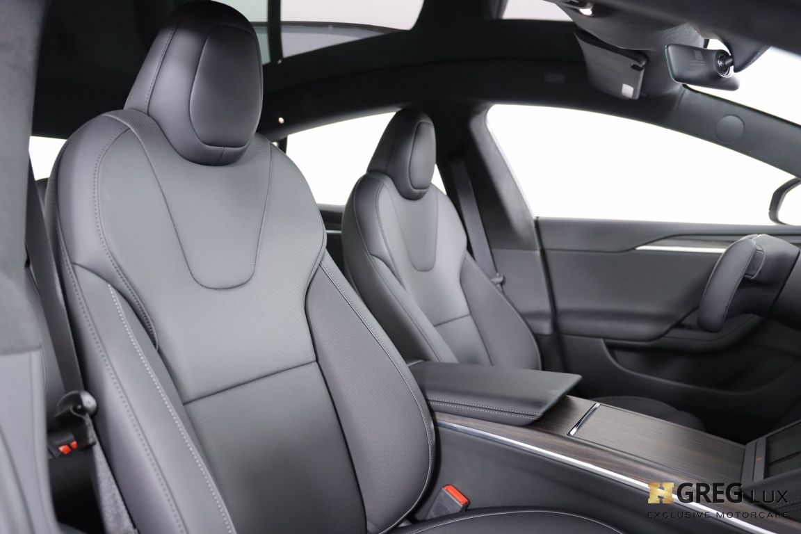 2021 Tesla Model S Plaid #32