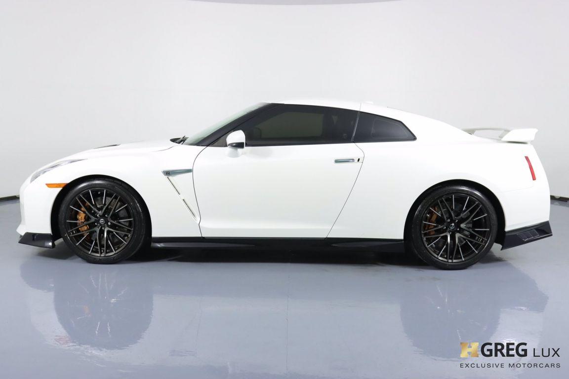 2021 Nissan GT R Premium #21