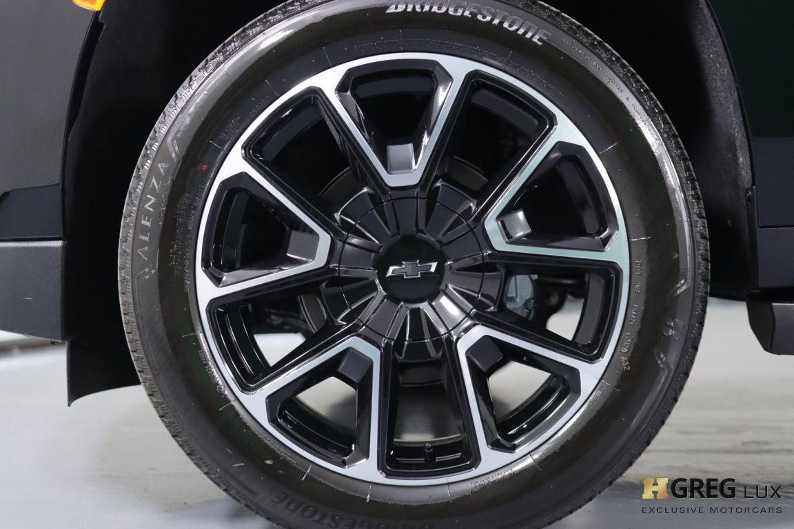 2021 Chevrolet Suburban RST #24