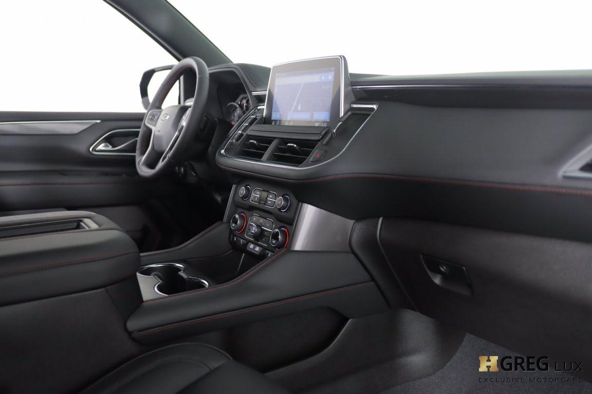 2021 Chevrolet Suburban RST #30