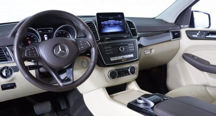 2018 Mercedes Benz GLS GLS 450 #1