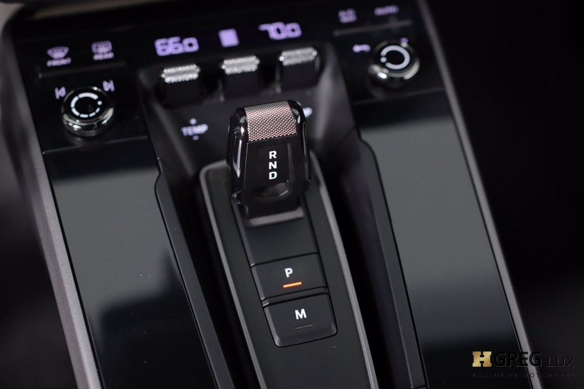 2021 Porsche 911 Carrera #43