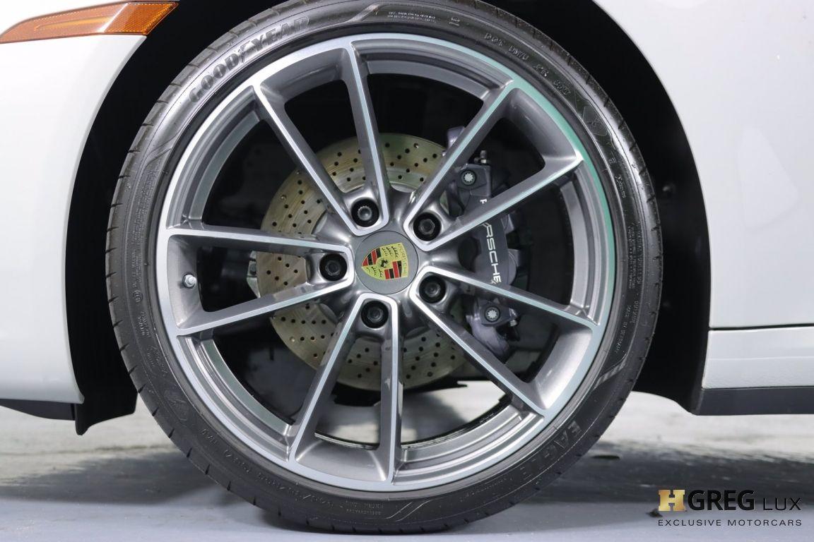 2021 Porsche 911 Carrera #23