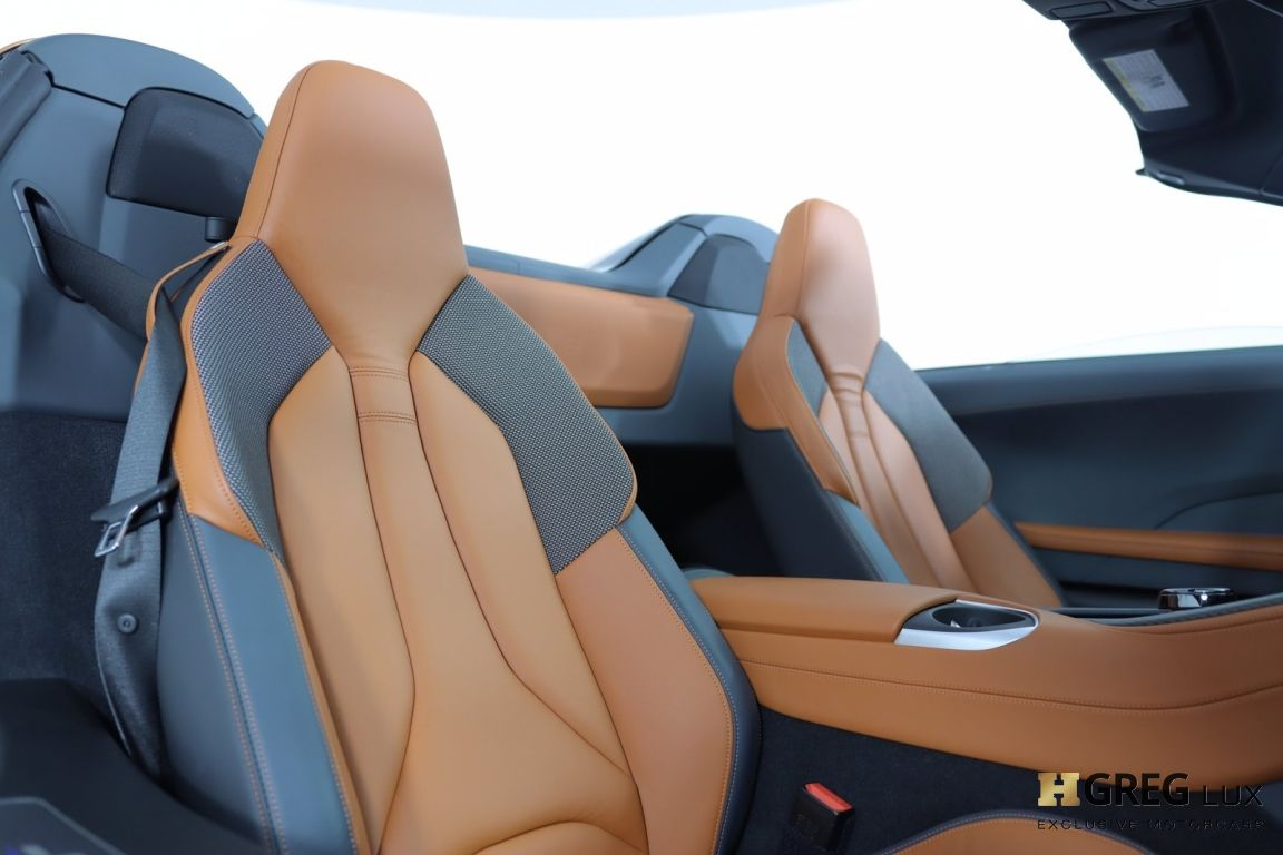2019 BMW i8 Roadster #31