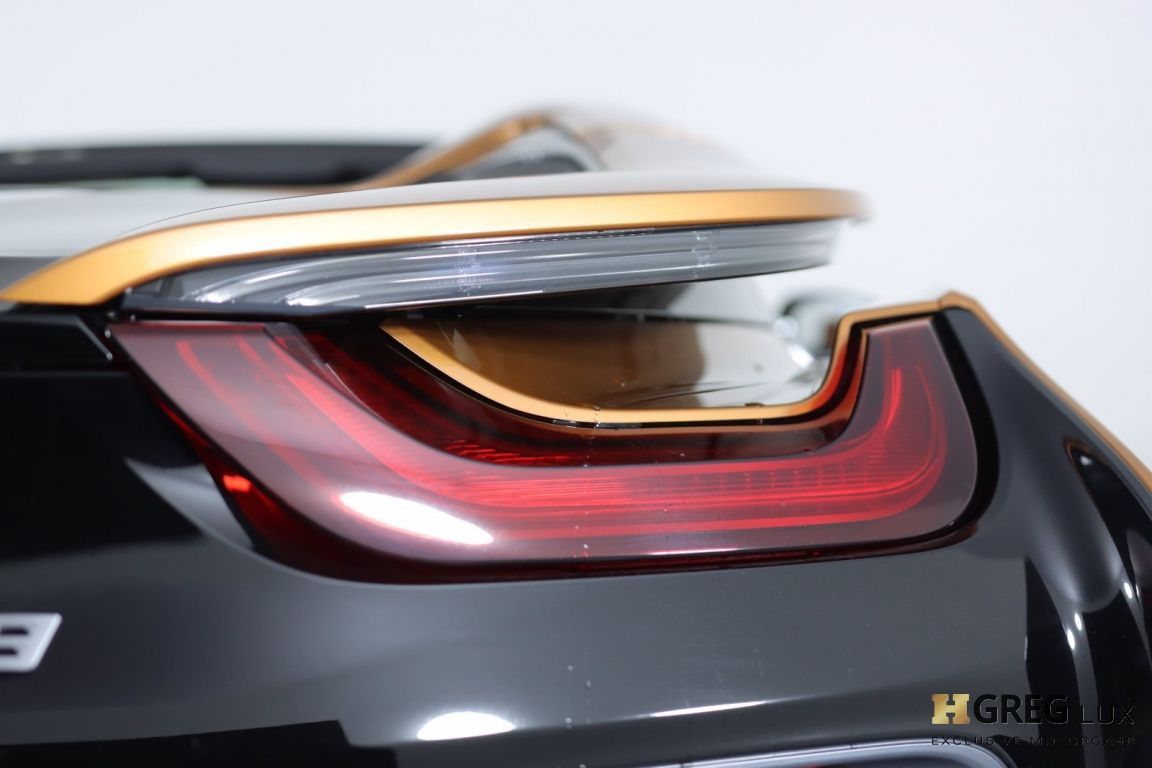 2019 BMW i8 Roadster #18