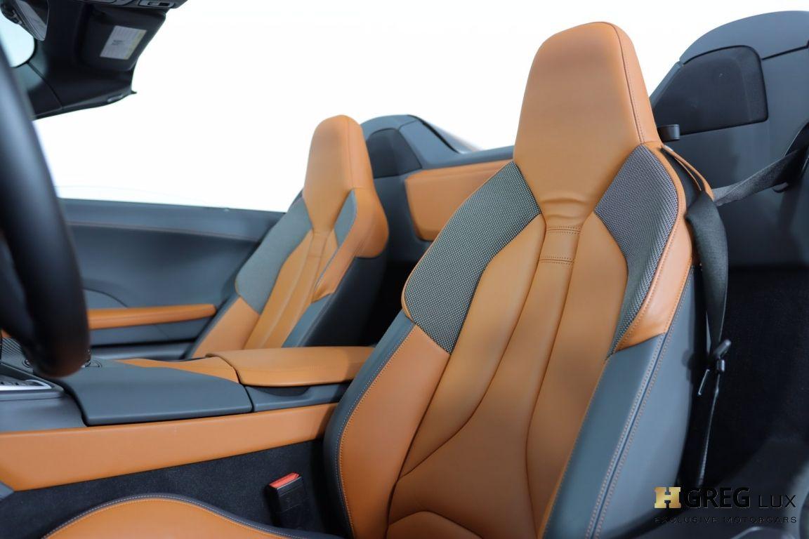 2019 BMW i8 Roadster #2