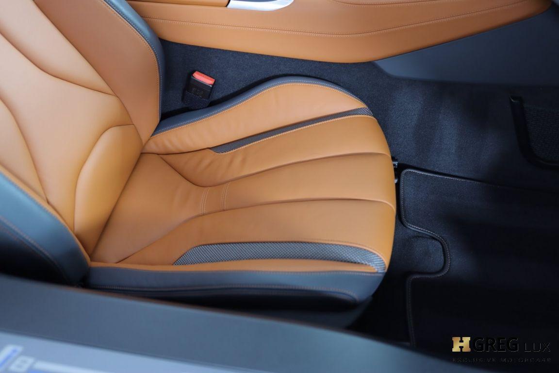 2019 BMW i8 Roadster #32