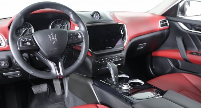2021 Maserati Ghibli S Q4 GranLusso #1